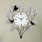 นาฬิกาแขวนผนัง รุ่นช่อดอกไม้พลอยขาว JT1015