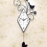 นาฬิกาติดผนัง รุ่นนกดอกไม้หน้าปัดเหลี่ยม