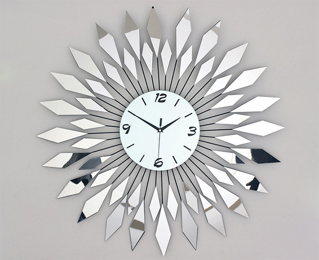 นาฬิกาติดผนัง